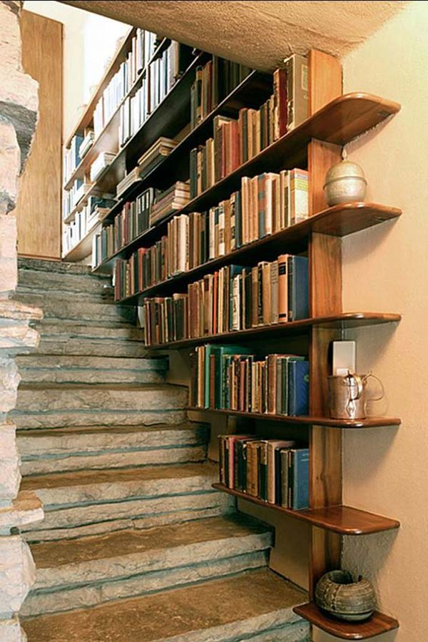 decorate stairs ideas need-ideas-to-decorate-staircase-space-5 PJUKHVS