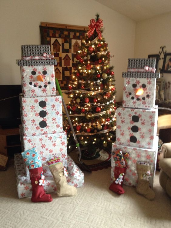 diy ideas for christmas decorations wrap u0026 stack presents to look like a snowman....over 60 of MPGVBEH