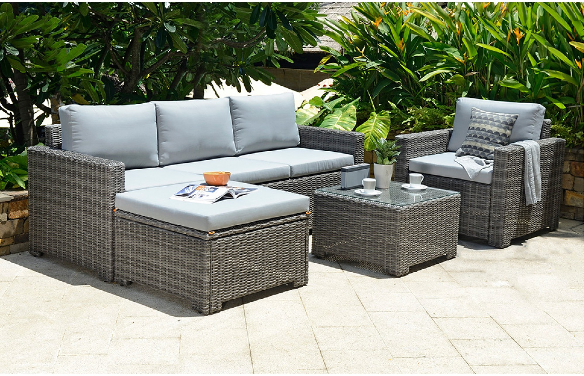 Lounge furniture for the garden garden furniture sets garden lounge furniture ideas 6 TJRAMTC