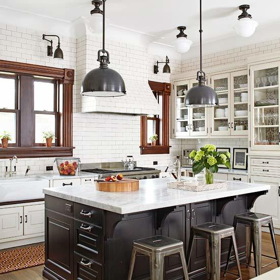 Kitchen Pendant Lighting Tips | Better Homes & Gardens