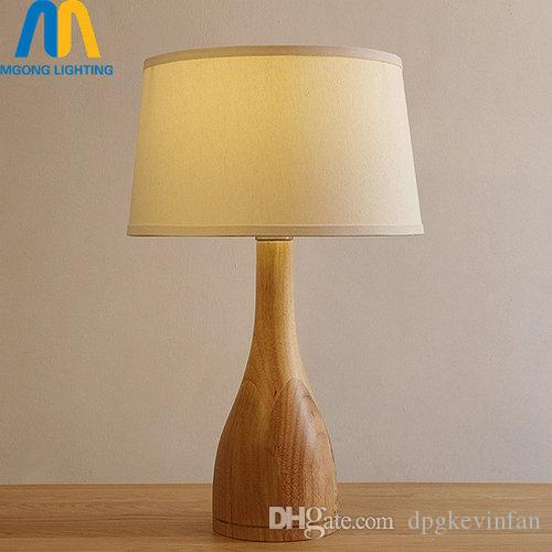 Universally applicable: wood table lamps