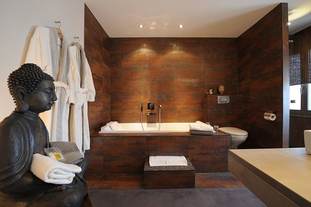 Asian Bathroom by ArtCompose