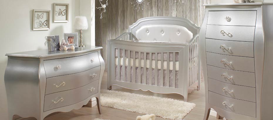 Baby Furniture : Baby Cribs, Nursery Gliders, Dressers and Armoires