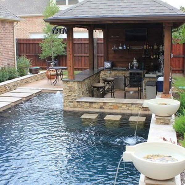 25+ Fabulous Small Backyard Designs with Swimming Pool