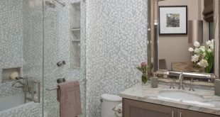 Before and After: 20 Incredible Small Bathroom Makeovers