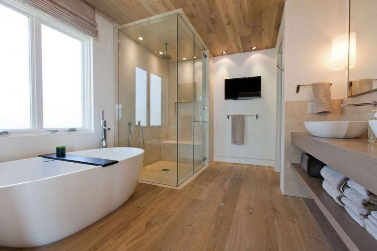 20 Beautiful Bathrooms With Wood Laminate Flooring