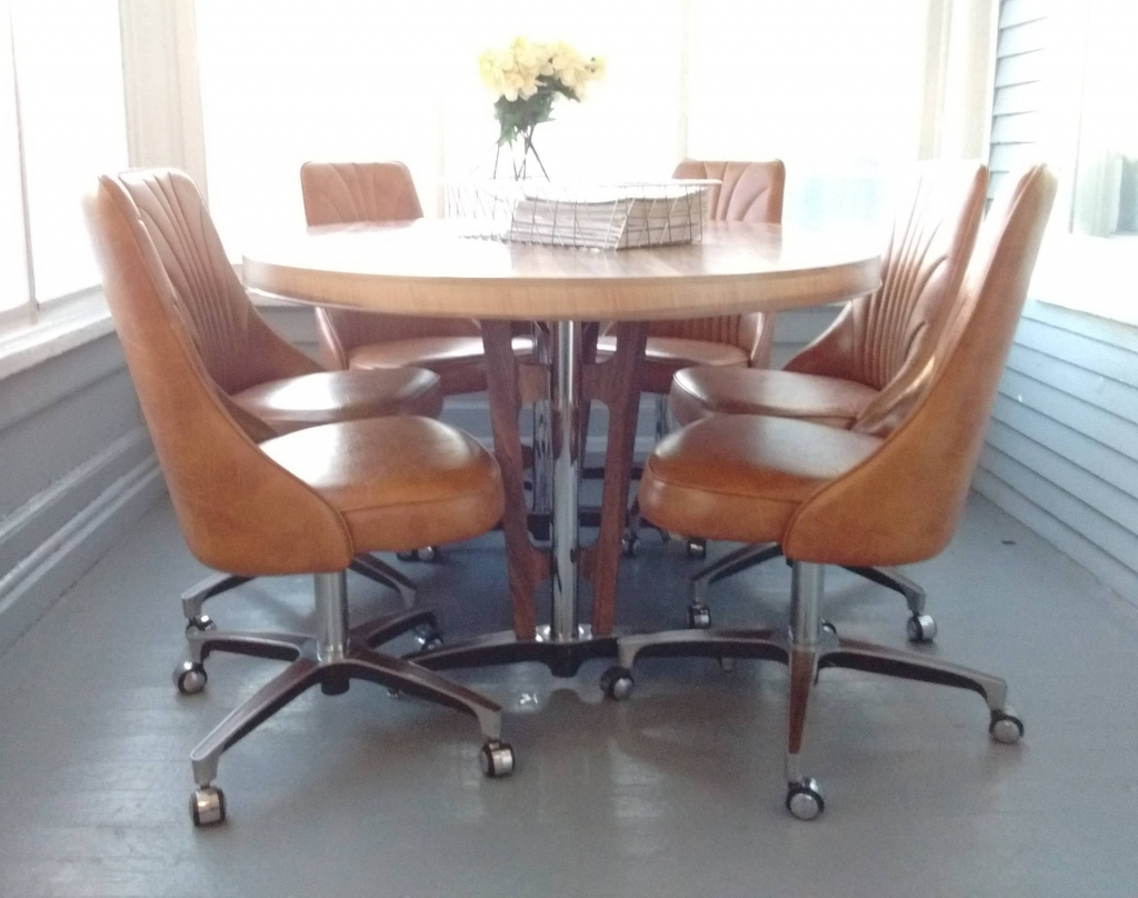 Upholstered Kitchen Chairs With Casters
