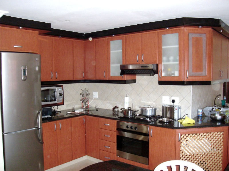 KITCHEN BUILT IN CUPBOARDS: MASSIVE SALE!! IN SOUTH AFRICA