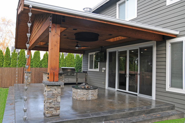 Covered Patio & Firepit Craftsman Patio, Seattle