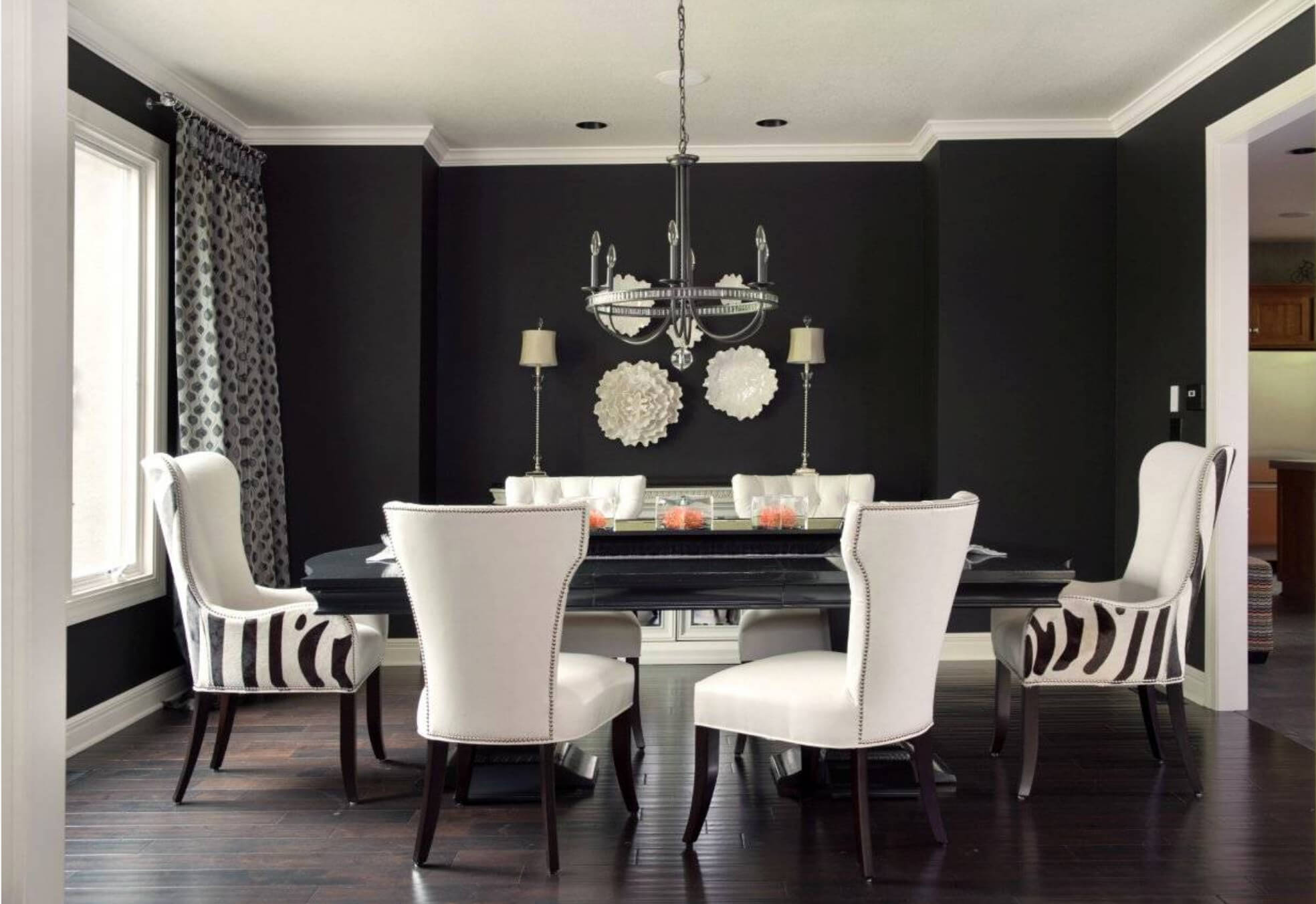 10 Creative Ideas for Dining Room Walls