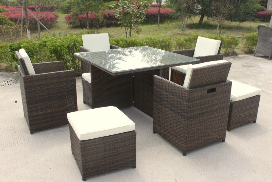 8 seater rattan garden furniture.