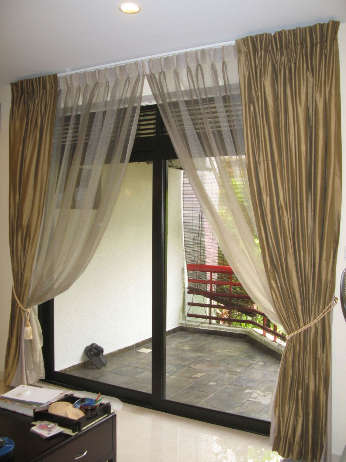 Bay Window Treatments Ideas Traditional Small Modern Window Treatment Ideas  With Gold Cutton Curtain Ideas And Transparent Sheer Side Cross Theme  Window