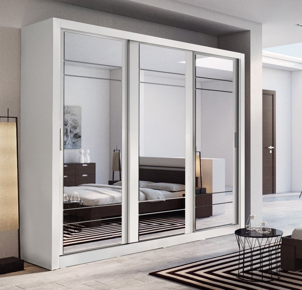 Functional wardrobes with added value: Sliding door wardrobes with mirror