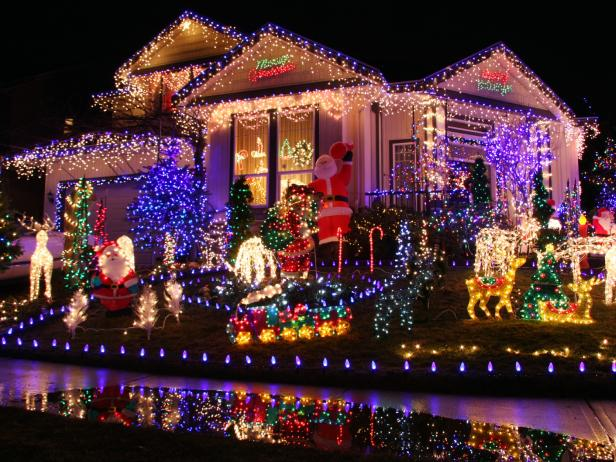 Buyers Guide For the Best Outdoor Christmas Lighting | DIY