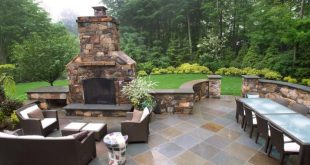 Neutral Stone Patio for Outdoor Entertaining