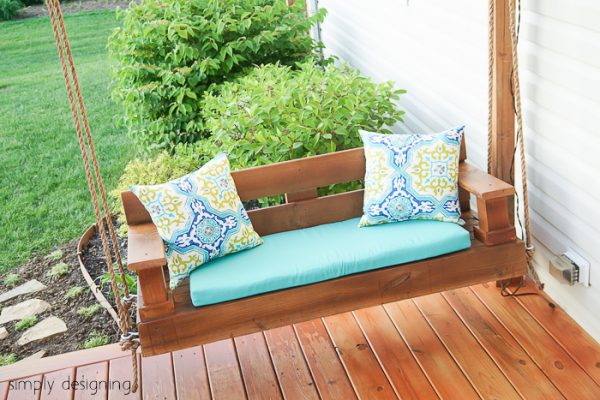 This porch swing has a little more modern flair to it than the one  previously shown. But it also looks really simple to build. The tutorial  seems rather