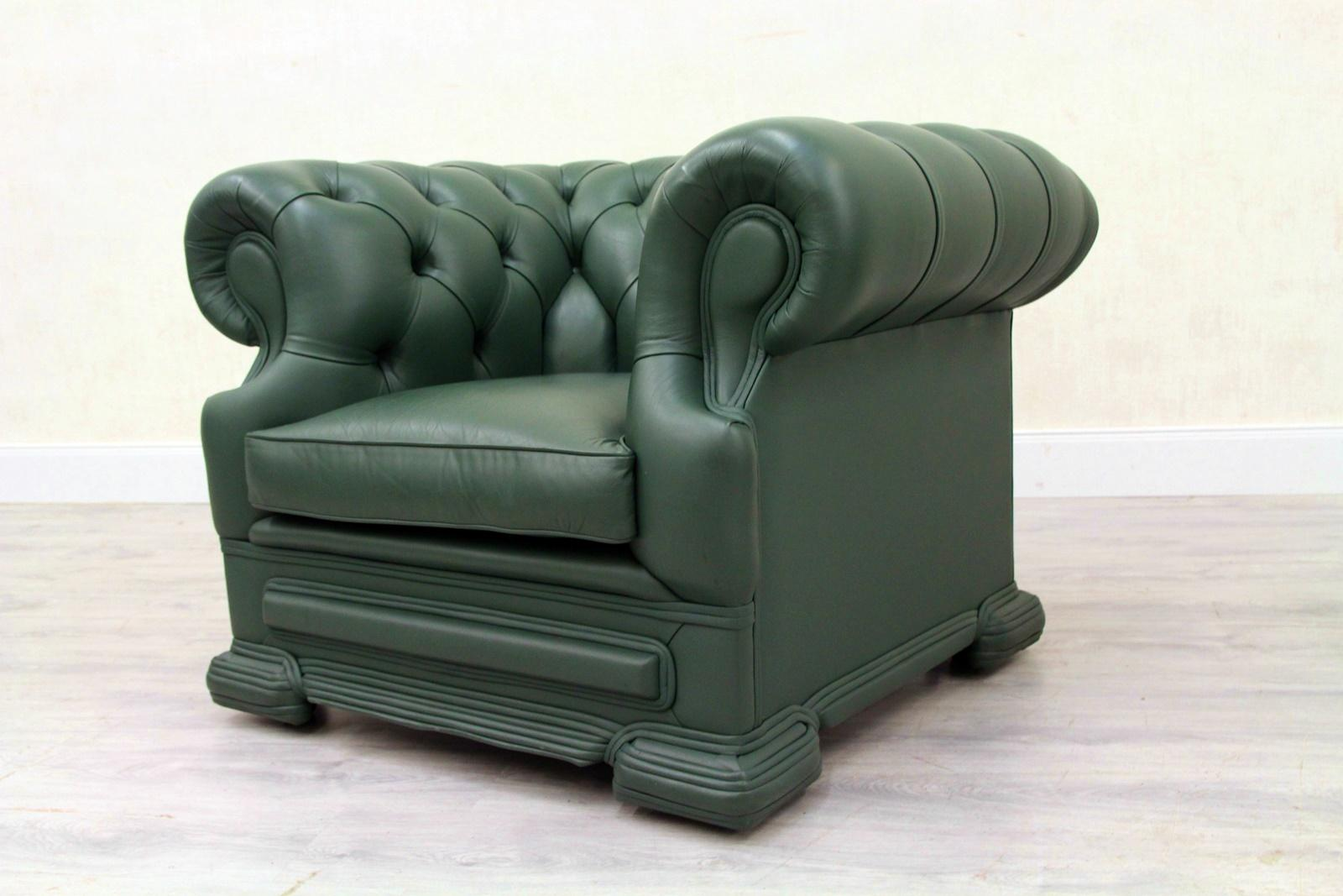Chesterfield armchair leather antique wing chair recliner armchair In Good  Condition For Sale In Lage,