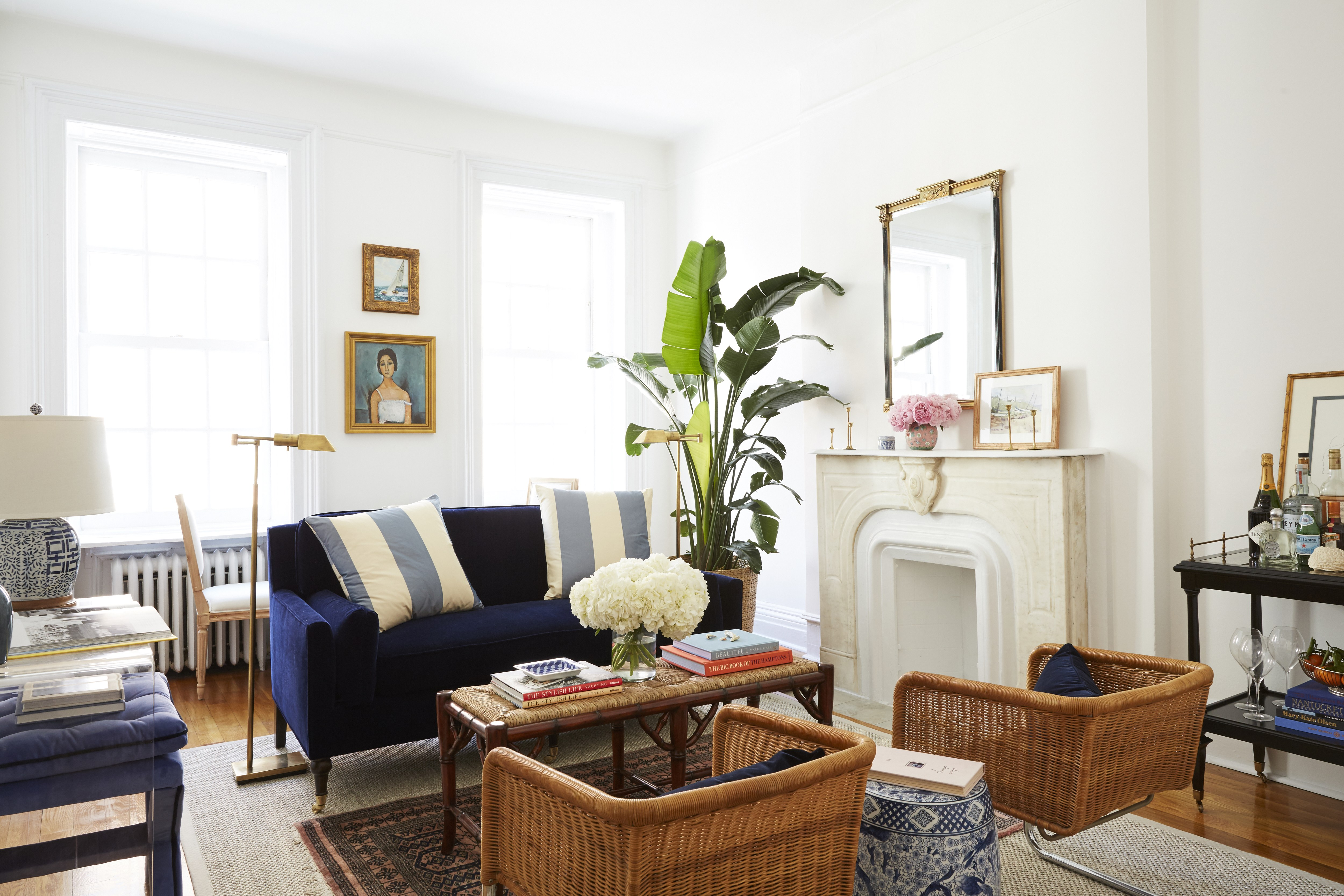 8 Small Living Room Ideas That Will Maximize Your Space - Architectural  Digest
