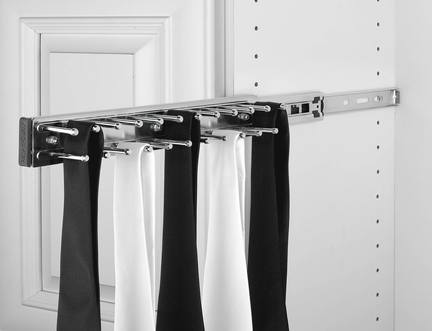 Rev-A-Shelf Economy Tie Rack